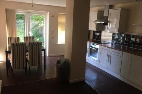 4 bedroom semi-detached house to rent - Mornington Crescent,Fallowfield,Manchester,M14
