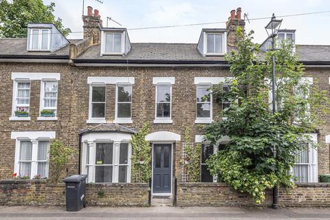 4 bedroom terraced house - Cressingham Road Lewisham SE13