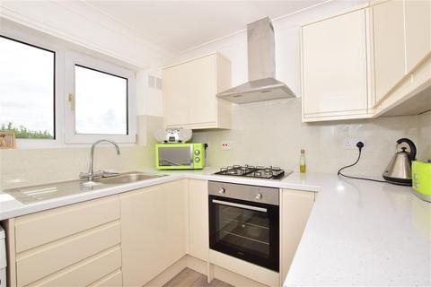 2 bedroom detached bungalow for sale - Seaview Avenue, Leysdown-On-Sea, Sheerness, Kent