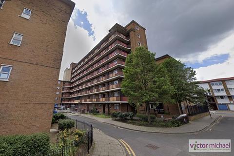 3 bedroom flat for sale - Sidney Street, London, Greater London. E1