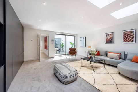 3 bedroom terraced house for sale - ST PHILIP STREET, SW8