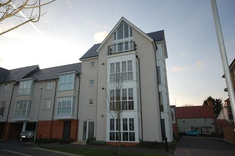 2 bedroom penthouse to rent - Lambourne Chase, Great Baddow, Chelmsford, CM2
