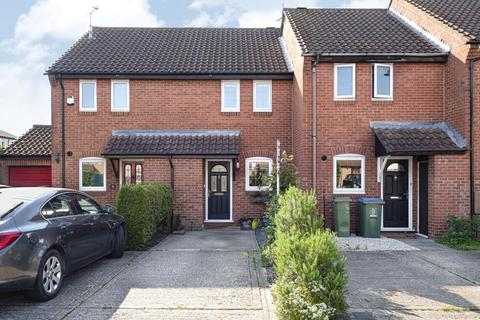 2 bedroom terraced house for sale - Cleveland Park, Aylesbury, HP20