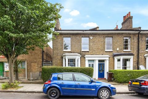3 bedroom end of terrace house for sale - Lavender Grove, London, E8