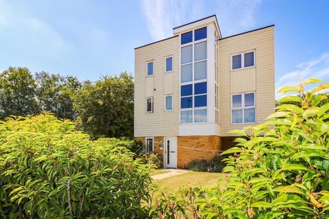 3 bedroom detached house for sale - Campion Close, , Ashford, TN25  4EF