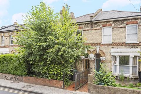 3 bedroom semi-detached house for sale - Crouch End, London, N8