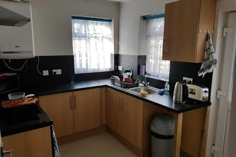 6 bedroom house share to rent - Edge Lane, Droylsden, Manchester