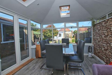 3 bedroom semi-detached house for sale - Wilfred Road, Ramsgate