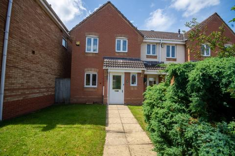 3 bedroom end of terrace house for sale - Lower Birches Way, Rugeley, WS15