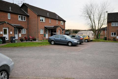 1 bedroom maisonette to rent - Caistor Close, Reading