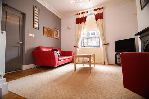 2 bedroom apartment to rent - Albion Court, Albion Street, B1 3AA