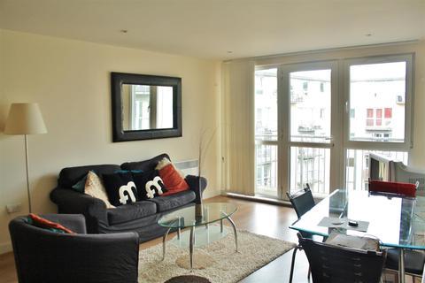 2 bedroom apartment to rent - Quartz, 10 Hall Street, B18 6BY