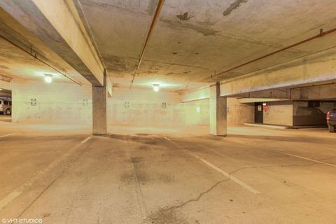 Property for sale - Tandem parking space at Marina Point West