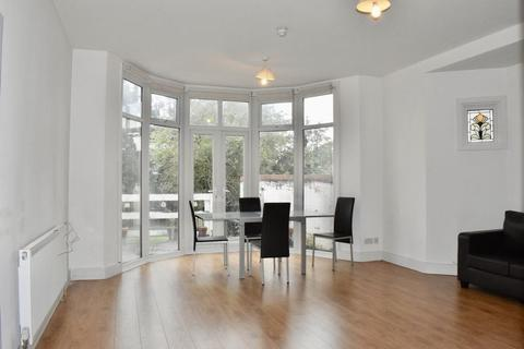 1 bedroom apartment to rent - Ulleswater Road, Palmers Green