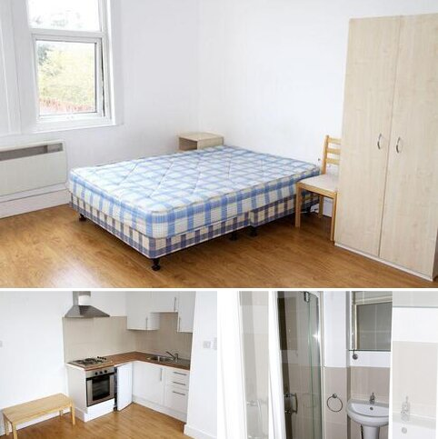 Studio to rent - Ulleswater Road, Southgate