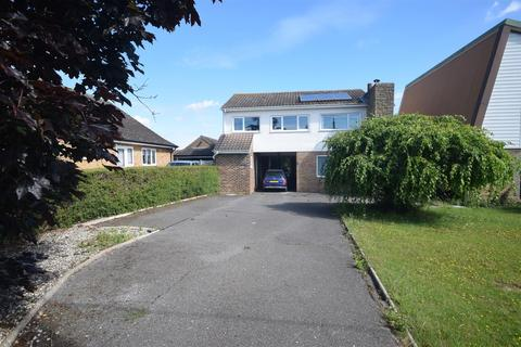 5 bedroom detached house for sale - Imperial Avenue, Mayland