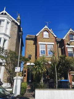 4 bedroom house to rent - Broadstairs