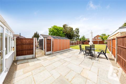 3 bedroom detached bungalow for sale - King Edward Avenue, Rainham, RM13