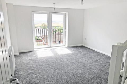 3 bedroom terraced house for sale - High Street, Minster-On-Sea, Kent