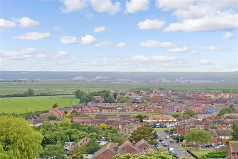 3 bedroom end of terrace house for sale - High Street, Minster-On-Sea, Kent