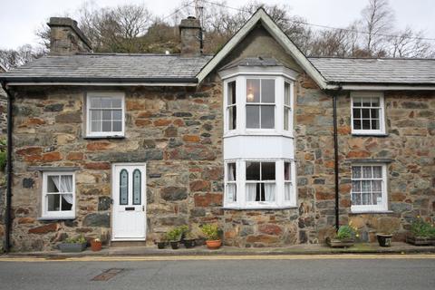 3 bedroom terraced house - Smith Street, Beddgelert, Caernarfon, Gwynedd, LL55