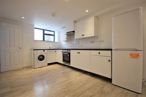 2 bedroom detached house to rent - Beulah Road, Thornton Heath, CR7
