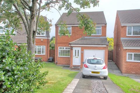 3 bedroom detached house for sale - Dovedale Close, Norton