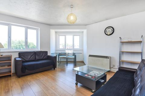 2 bedroom apartment to rent - Windsock Close Surrey Quays SE16
