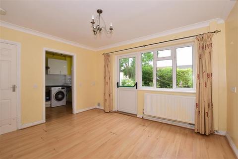 2 bedroom semi-detached bungalow for sale - Sandes Place, Leatherhead, Surrey