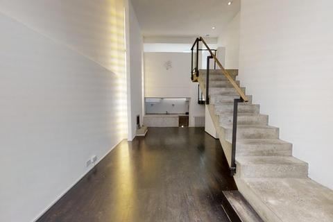 2 bedroom townhouse to rent - Hereford Road, Notting Hill, LONDON W2