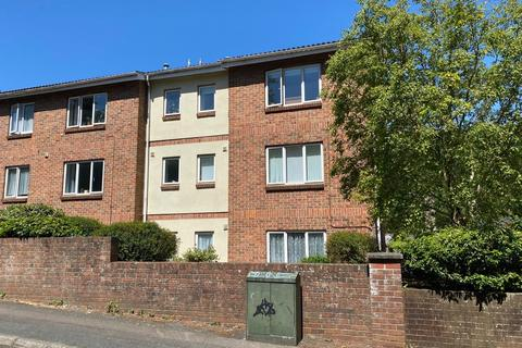 2 bedroom apartment to rent - 10 Hayes Court