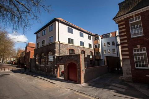 2 bedroom apartment to rent - Sugar Store, Cabot Mews, Bristol