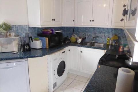 2 bedroom flat to rent - Cranston Close, Hounslow
