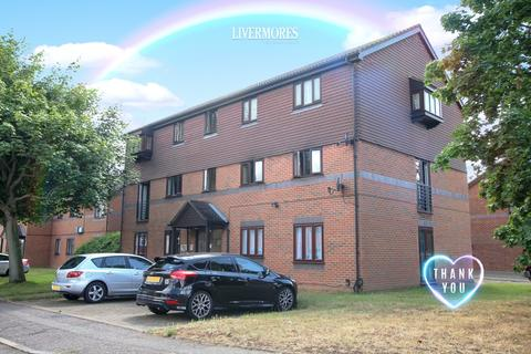 1 bedroom ground floor flat for sale - Woodfall Drive, Crayford