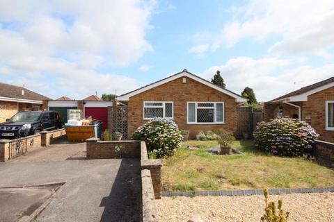 2 bedroom detached bungalow for sale - Kenson Gardens, Sholing, Southampton SO19 8RE