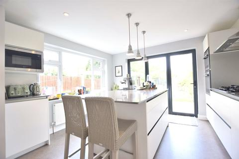 3 bedroom semi-detached house for sale - Lyefield Road West, Charlton Kings, Cheltenham, Gloucestershire, GL53