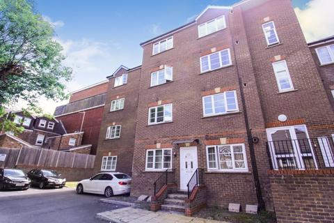 1 bedroom flat for sale - Kingswood Court, Grove Road, Luton