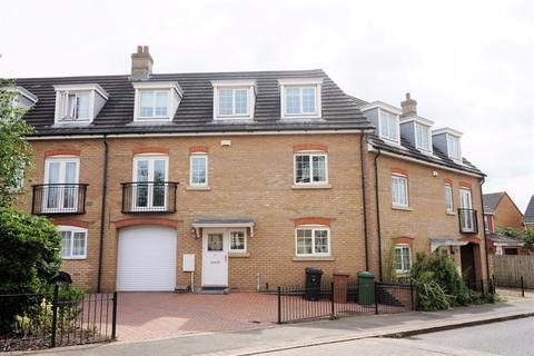 4 bedroom terraced house to rent - Lady Charlotte Road, Hampton, PE7 8AF