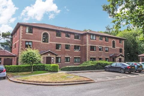 1 bedroom flat for sale - Barrow Down Gardens, Netley Common, Southampton