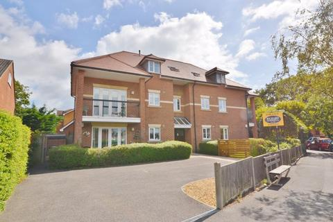 3 bedroom apartment for sale - Stourwood Avenue, Southbourne, Bournemouth