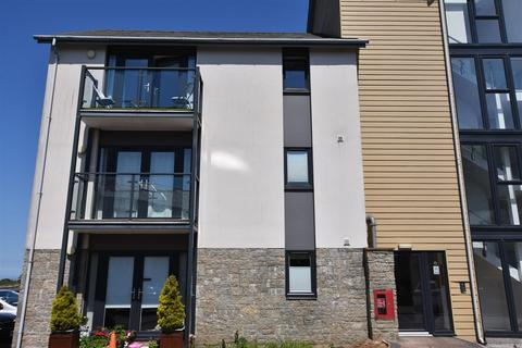 2 bedroom flat for sale - Jubilee Drive, Redruth
