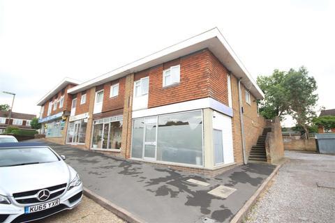 2 bedroom house to rent - Burden Way, Guildford