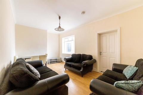 5 bedroom semi-detached house to rent - Cartington Terrace, Heaton, Newcastle Upon Tyne