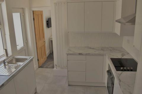 5 bedroom house to rent - Bruce Street, Cathays, Cardiff