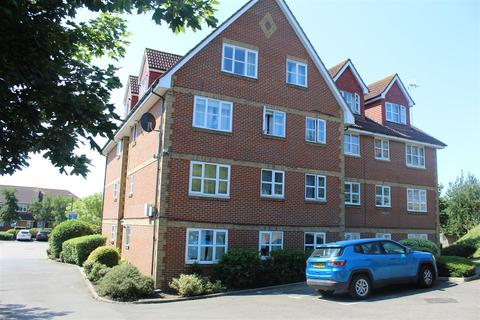 2 bedroom property to rent - Canada Road, Erith