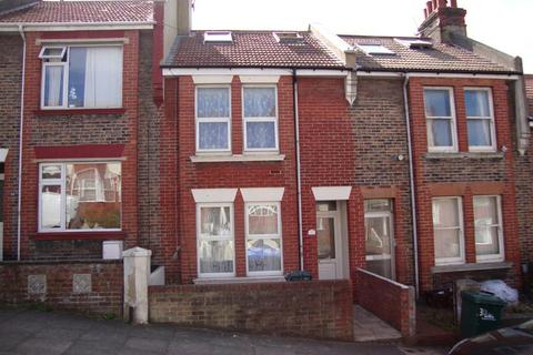 4 bedroom terraced house to rent - Ladysmith Road, Brighton
