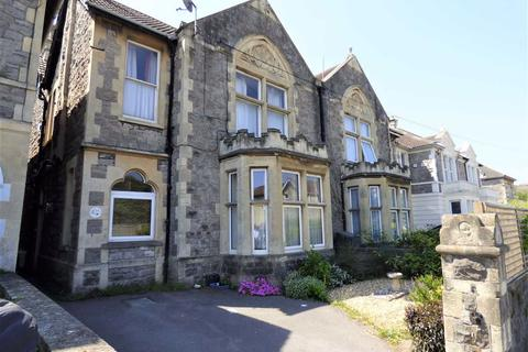 1 bedroom flat for sale - CLOSE TO TRAIN STATION, TOWN AND BEACH