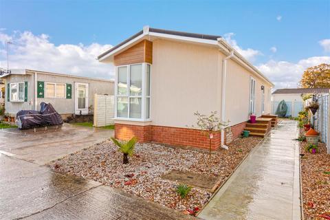 2 bedroom park home for sale - Hook Lane, Chichester