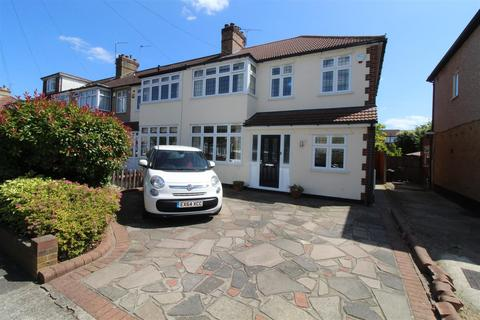 4 bedroom end of terrace house for sale - Milton Avenue, Hornchurch