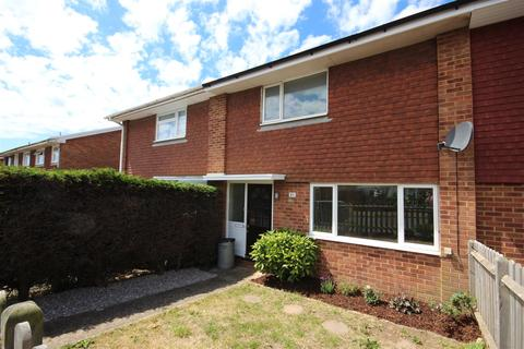 2 bedroom house for sale - Hythe Crescent, Seaford